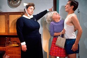 Carry On Matron film complet