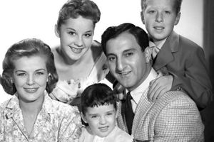 The Danny Thomas Show film complet