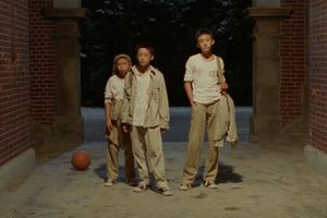 A Brighter Summer Day film complet